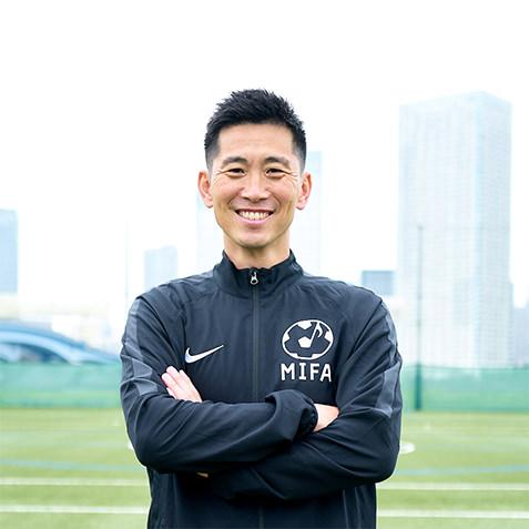 MIFAサッカースクールコーチ 鄭 容臺(チョン ヨンデ)